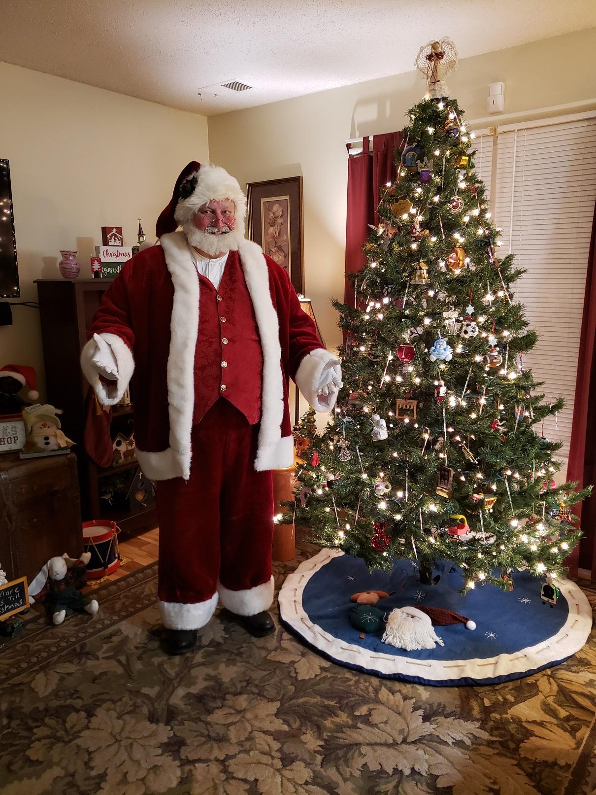 Santa Earl home visits